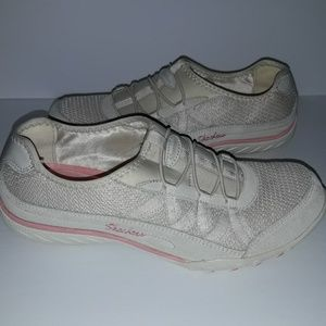 Skechers Relaxed Fit Savvy Baroness shoe Size 9
